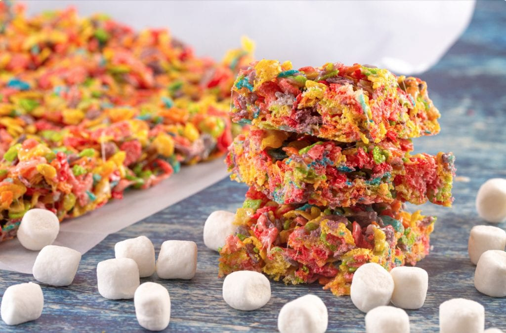 "a stack of fruity weed pebbles on a blue wooden table with marshmallows and fruity pebbles in the background"" class = ""wp-image-10636"" />   <p> Fruity pebble granola bars are very similar to Rice Krispies, but we believe this is the better option. This recipe uses cannabis butter. </p> <h3> Butter cake </h3> <p> Butter cakes are one of the most delicious edible recipes we have ever made. If you have the opportunity, be sure to give it a try. This recipe uses cannabis butter. </p> <h2> Common mistakes in the production of food </h2> <p> It can be easy to make mistakes when cooking with cannabis. Here are some of the most common mistakes beginners make: </p> <p><img alt="